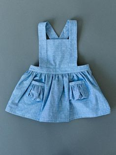 Items similar to Toddler Pinafore Dress - Toddler Dress - Vintage Girls Blue Chambray Dot on Etsy Toddler Fashion, Toddler Outfits, Kids Outfits, Kids Fashion, Baby Girl Dress Patterns, Little Girl Dresses, Baby Dresses, Vintage Girls Dresses, Dress Vintage