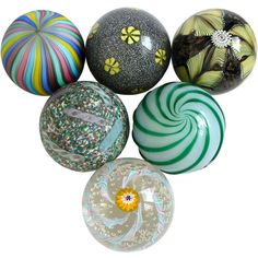 1stdibs.com | Fratelli Toso Murano Millefiori Flowers Ribbons Italian Art Glass Paperweights