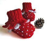 Christmas baby booties hand knitted baby booties knit baby shoes handmade red toddler shoes christmas gift newborn / size 0-3M