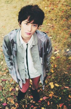 the-faceclaim-finder:  masaki okada 5 feet, 11 inchesdark brown hairblack eyesborn on august 15, 198925 years oldjapanese actor