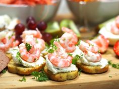 Tapas Recipes, Seafood Recipes, Party Food And Drinks, Brunch Party, Appetisers, What To Cook, Yummy Food, Snacks, Dinner