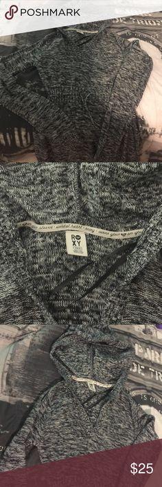 Roxy hooded sweater dress Super comfy roxy sweater dress with a hood Roxy Dresses Mini