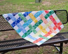 """Utterly gorgeous """"Grandma's Lawn Chair"""" quilt by Hilary (Young Texan Mama)."""
