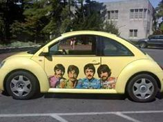 BEATLES CAR !! I WOULD LIKE TO MEET THEM ALL IN IT  AND GO FOR A RIDE !!!
