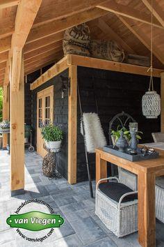 Kapschuur Buurmalsen (7) Backyard Pavilion, Backyard Patio Designs, Outdoor Kitchen Patio, Outdoor Kitchen Design, Back Garden Design, Casas Containers, Shed Colours, Backyard Pergola, Private Garden