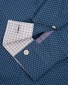Discover men's designer shirts from Ted Baker. Smart Casual Outfit, Casual Wear For Men, Casual Shirts For Men, Mens Printed Shirts, Navy Shirts, Bespoke Shirts, Mens Designer Shirts, Man Weave, Tailored Shirts