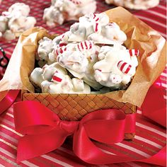 Peppermint Coated Pretzels~ Turn pretzel nuggets into holiday treats by dipping them in melted white chocolate and peppermint candy pieces. The salty-sweet combination is irresistible. Could use gluten free pretzels. Christmas Desserts, Holiday Treats, Christmas Treats, Holiday Recipes, Holiday Candy, Christmas Goodies, Christmas Candy, Xmas, Christmas Stuff