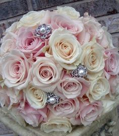 Rose with a little sparkle bouquet. This would also be easy as a DIY. Gather roses, beginning with center, add stick pins, wrap stems in lace. Love Flowers, Beautiful Flowers, Wedding Flowers, Fresh Flowers, Bouquet Wedding, Beautiful Cakes, Perfect Wedding, Our Wedding, Dream Wedding