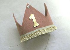 1st Birthday Crown for the birthday boy or girl #firstbirthday #party