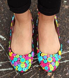 DIY Flats | Button Shoes @ILoveto Create | Find buttons and craft ideas from @Jo-Ann Fabric and Craft Stores | Button Flats