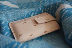 iPhone case organic TREE embossed leather von CORBUleather auf Etsy, $58,00