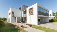 Casa La Santina, Argentina - Bisio Arquitectos - foto: Gonzalo Viramonte