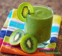 Kiwi-Cucumber Green Smoothie Recipe with Broccoli - Incredible Smoothies
