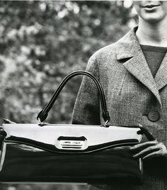 Laukkumuotia 1960-luvulta | Aikakone #käsilaukut #muoti #1960luku Celine Luggage, Luggage Bags, Inspired, Inspiration, Vintage, Tops, Fashion, Biblical Inspiration, Moda