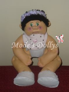 MOLLY, ooak sewing felt doll, Cabbage Patchkids style.