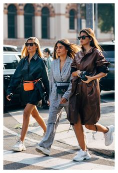 Day 3 #fendi #belt #2018 #fendibelt2018 Of all the Fashion Week destinations, we most look forward to the whimsy and romance that dominates the dress code in Milan. If the fashion set is feeling any