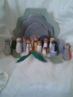 Jesus Story Peg Dolls - Easter, Resurrection, Palm Sunday, Miracles of Jesus - Godly Play, Storytelling, Bible Play