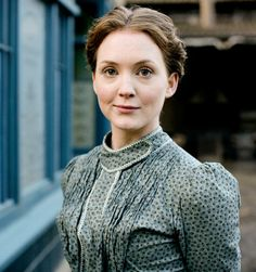 Lark Rise to Candleford is a British television costume drama series, adapted by the BBC from Flora Thompson's trilogy of semi-autobiographical novels[ Diary of a country woman]:  Laura[ Olivia Hallinan ] is the main character...........regencydelight-janeaustenetc.blogspot.com