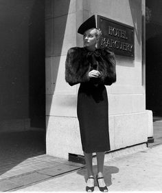 10-12-11  Fall Fashions 1938    -LIFE photo archive   photo by Alfred Eisenstaedt