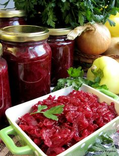 Smaczna Pyza: Buraczki z papryką - sałatka na zimę Meals In A Jar, Polish Recipes, Coleslaw, Preserves, Pickles, Salsa, Food And Drink, Tasty, Beef