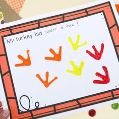 How to Easily Make Turkey Tracks Turkey Art with Kids | Fun-A-Day!