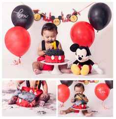I love the stuffed animal in the cake smash photo Mickey Mouse Smash Cakes, Mickey Mouse Birthday Theme, Mickey 1st Birthdays, Fiesta Mickey Mouse, Mickey Mouse Photos, Mickey Mouse Parties, Mickey Party, Boy First Birthday, 1st Birthday Parties