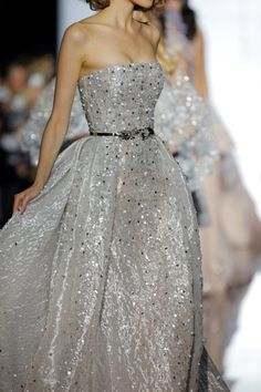 Spring Summer Haute Couture Marco Sevirini its glitter! Beautiful Gowns, Beautiful Outfits, Couture Fashion, Runway Fashion, Strapless Dress Formal, Formal Dresses, Moda Casual, Gowns Of Elegance, Dream Dress