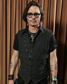 Celebrities - Johnny Depp Photos collection You can visit our site to see other photos. Johnny Depp Images, Johnny Depp Fans, Johnny Be Good, Johnny Was, Donnie Brasco, Jonny Deep, 21 Jump Street, Hunter S Thompson, Sweeney Todd