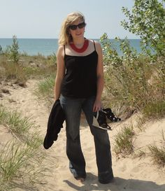 2 Girls, 2 Cities: Jeans and Dunes