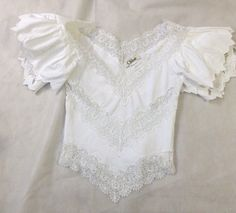 Beyond Gorgeous Chloe V Neckline White Lace Layered Sleeve Top Sz36 | eBay
