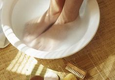 Stop foot odor - Soak feet nightly in 1 part vinegar and 2 parts water to eliminate odoriferous bacteria. Or take a daily foot bath in strong black tea (let it cool first) for 30 minutes. Tea's tannins kill bacteria and close the pores in your feet, keeping feet dry longer; bacteria tend to thrive in moist environments.
