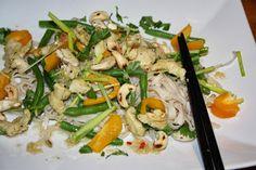 Ruokasurffausta: Aasialainen nuudelisalaatti