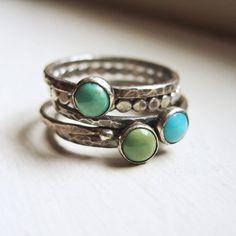 Tricolor Türkis Stapeln Ringe in antikisiert von brightsmith