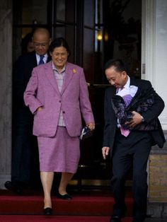 Thailand's Princess Maha Chakri Sirindhorn (L) leaves the Amstel Hotel in Amsterdam, where she is accommodated for the upcoming investiture of the country's new King, in Amsterdam, 29 April 2013