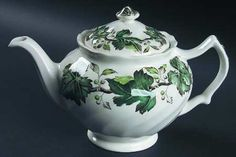 vintage johnson brothers TEAPORS | JOHNSON BROTHERS Vintage (Cream,Green Ivy & Berries) STOCK