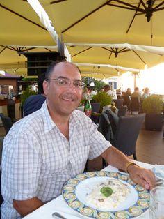 John  - Sorrento Italy - The Foreigners Club