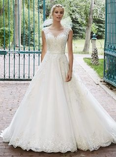 Discover the Maggie Sottero Bellissima Bridal Gown. Find exceptional Maggie Sottero Bridal Gowns at The Wedding Shoppe Lace Wedding Dress, Maggie Sottero Wedding Dresses, Bridal Wedding Dresses, Wedding Dress Styles, Designer Wedding Dresses, Wedding Attire, Tulle Wedding, Bridesmaid Dresses, Wedding Dressses