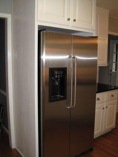 Plain refrigerator surround/floor