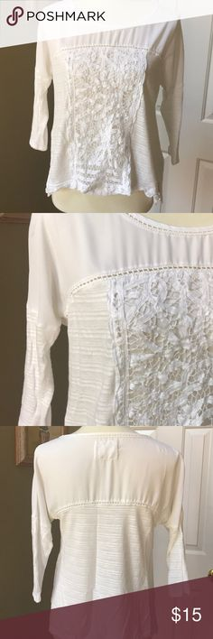 Anthropologie Top Barely worn. Very Delicate. Anthropologie Tops Blouses