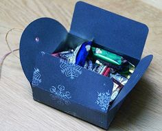 3rd Eye: Fast and easy Christmas present boxes