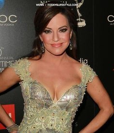 25 Most Gorgeous News Anchors In The world