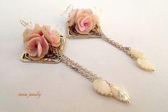 Sakura  Cherry blossom  Light pink earrings  by insoujewelry
