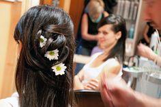 Kwiaty we włosach    Fot. archiwum Klientki