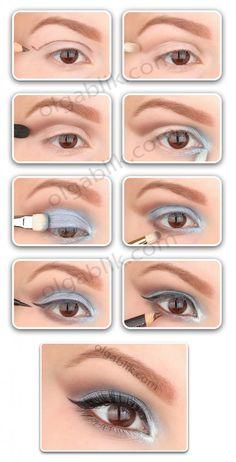 How to make blue eye makeup