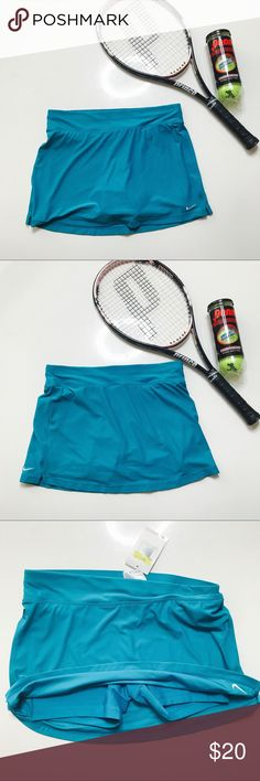 🎾 Tennus Time Nike Skirt Teal 🎾 This Nike skirt is new with tags and has built in shorts Nike Skirts