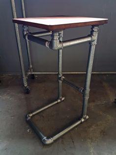 Résultats de recherche d'images pour « industrial pipe furniture »