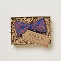 Okay, I LOVE the bowtie, but look at the box it comes in!!!! So amaze!!! Think I might be gettin' a future DIY idea!!