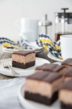 Neljän kerroksen suklaakakku - Leivontablogi Makeaa Cheesecake, Baking, Sweet, Desserts, Recipes, Food, Candy, Tailgate Desserts, Deserts