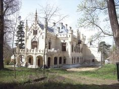 80 Locuri de văzut în România – Idei si Subterfugii Romania, Notre Dame, Barcelona Cathedral, Places To See, Beautiful Places, Europe, Adventure, Mansions, House Styles