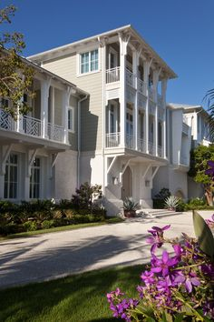 Beautiful Gulf Of Mexico Beachfront Vacation Home In Naples, FL. Stofft Cooney Architects.